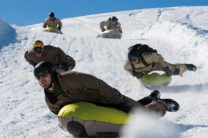 Airboarding, Winter, Schnee, Team, Adrenalin